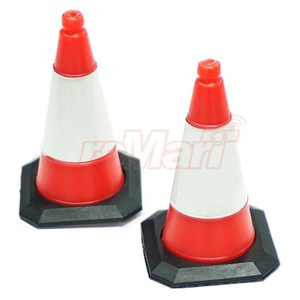하비몬1/10 Scale Traffic Cone Accessory 4pcs[상품코드]YEAH RACING